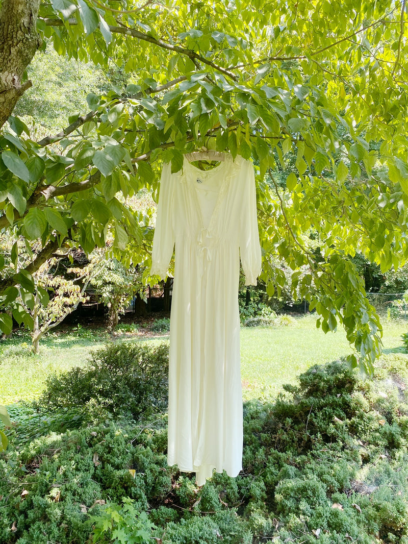 Small Dreamy Cream Silk Tie Gown