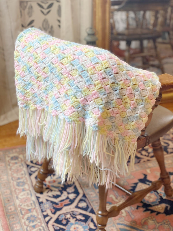 Cozy Pastel Knit Throw Blanket