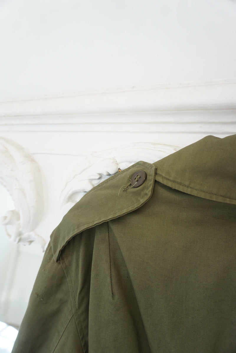 Medium/Large 70's Military Trench