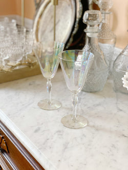 Iridescent Wine Glass Set