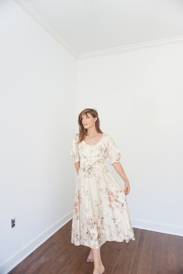 Med/Large Early 80s Silk Dream Dress