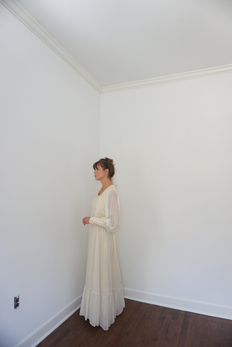 Medium Creamy Prairie Dress Late 60s