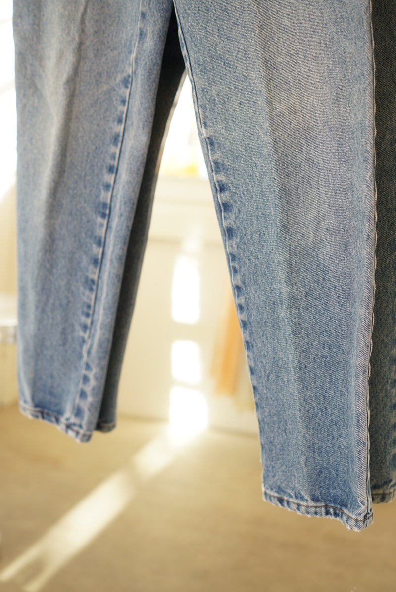 Sz. 26 90's Wash Tappered Leg Denim