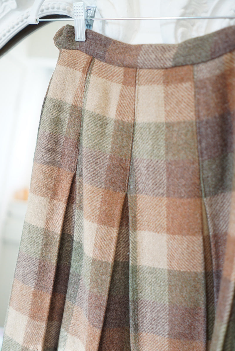 Small 60's Wool Pleated Skirt Cookie Plaid
