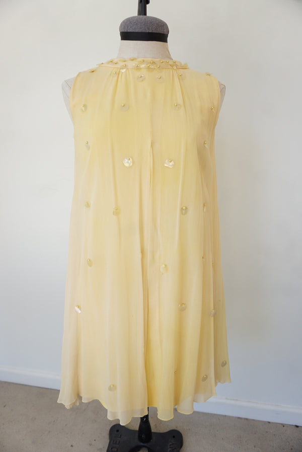50's Pale Yellow Shift Dress