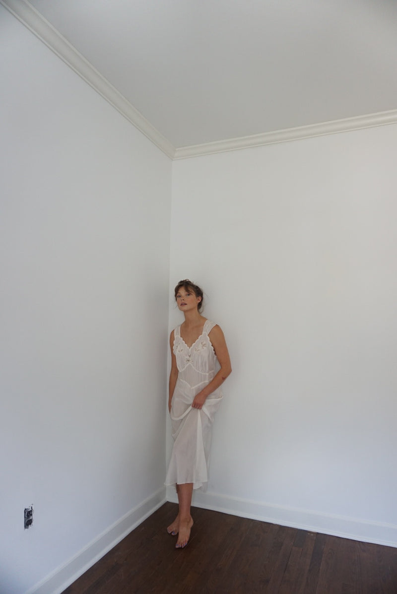 Medium/Large White Rayon Slip Dress 40s