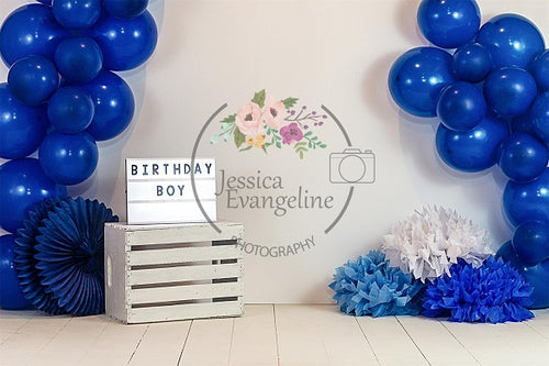 Kate Geburtstagstorte Smash Blue Balloons Boy Backdrop Entworfen von Jessica Evangeline Photography