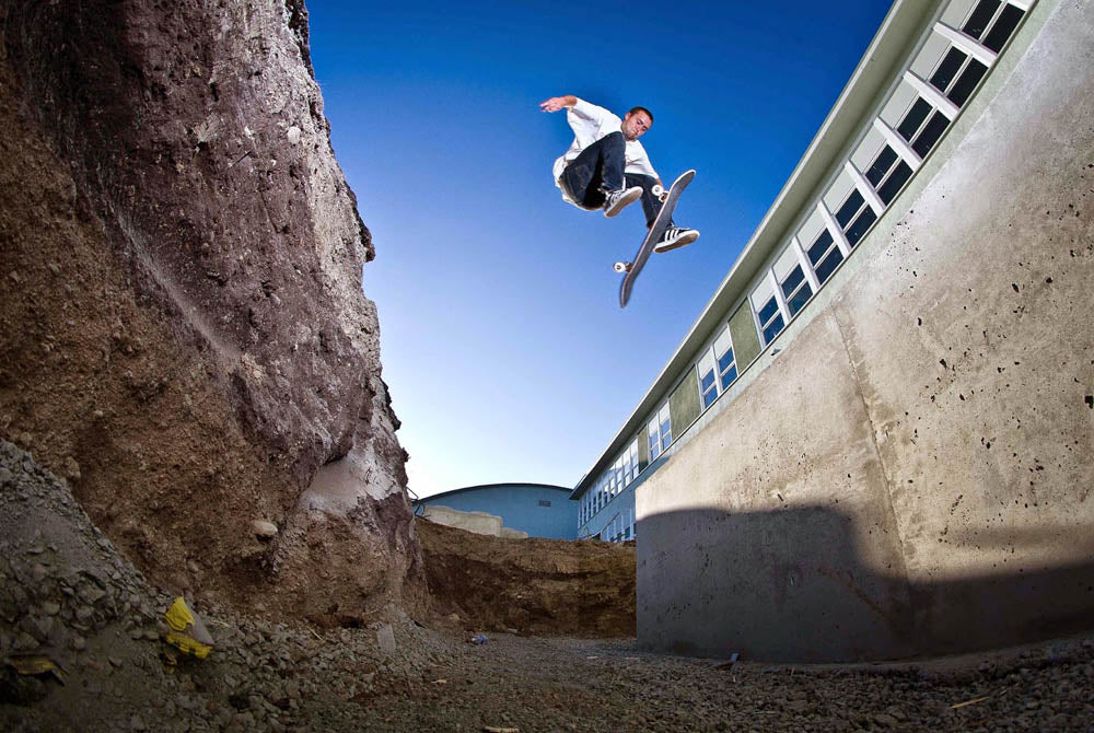 tre flip {o}Luke Connor
