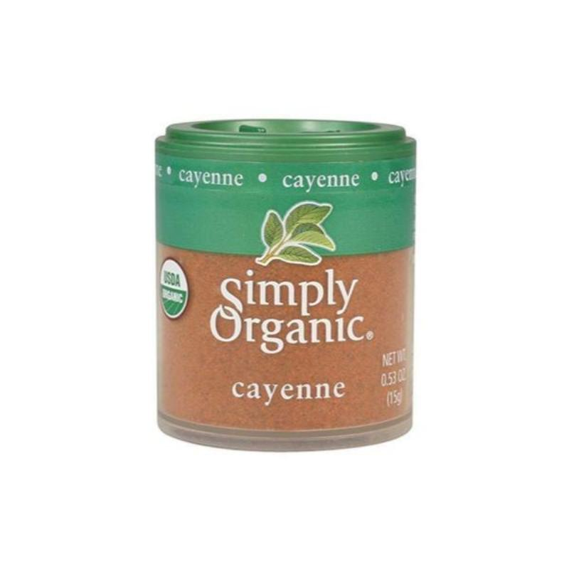 0.53oz pinch size portion of organic ground cayenne pepper spice. Perfect for Indian cooking, recipes & dishes.