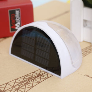 Solar-powered outdoor wall or fence light [DON'T MISS OUT]