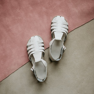 Audrey Sandal in White | Kepner Scott Shoe Co.