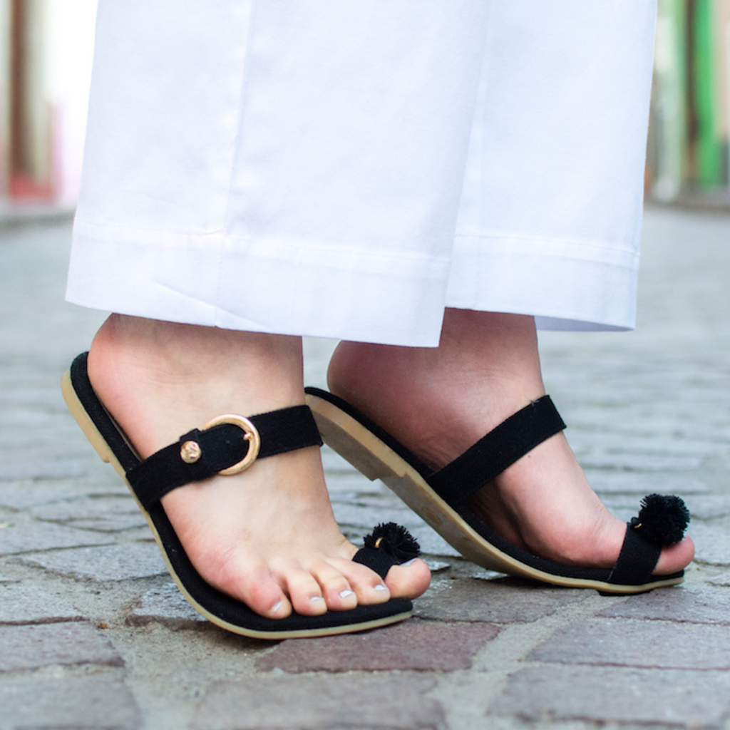 Mexican Toe Sandals Black Embroidered 1