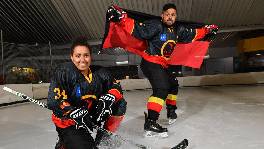 Aussie Puck supporting Kaurna Boomerangs Canadian tour