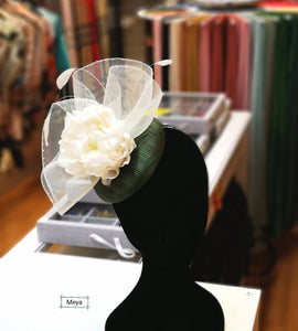 Cream white flower fascinator