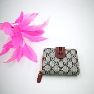 GD pattern purse