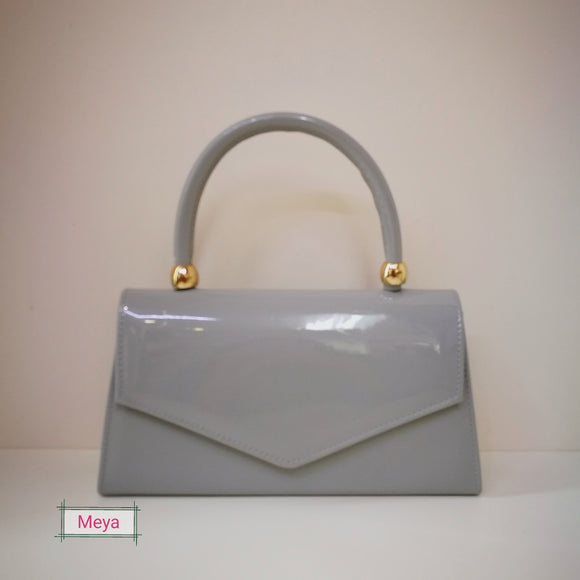 Clutchbag with handle (12 different colours)