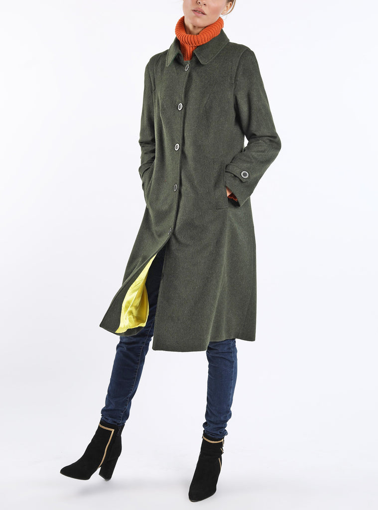 Coat Huberta from combed alpaca-loden in dark green