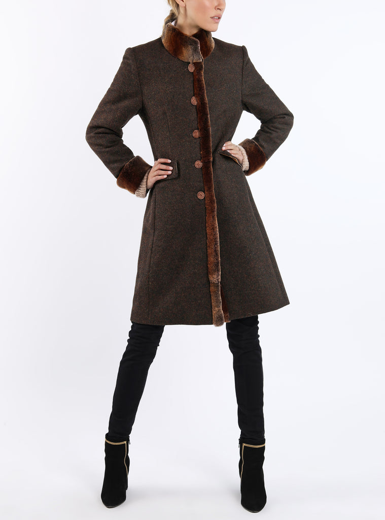 Coat from melange-loden in russet