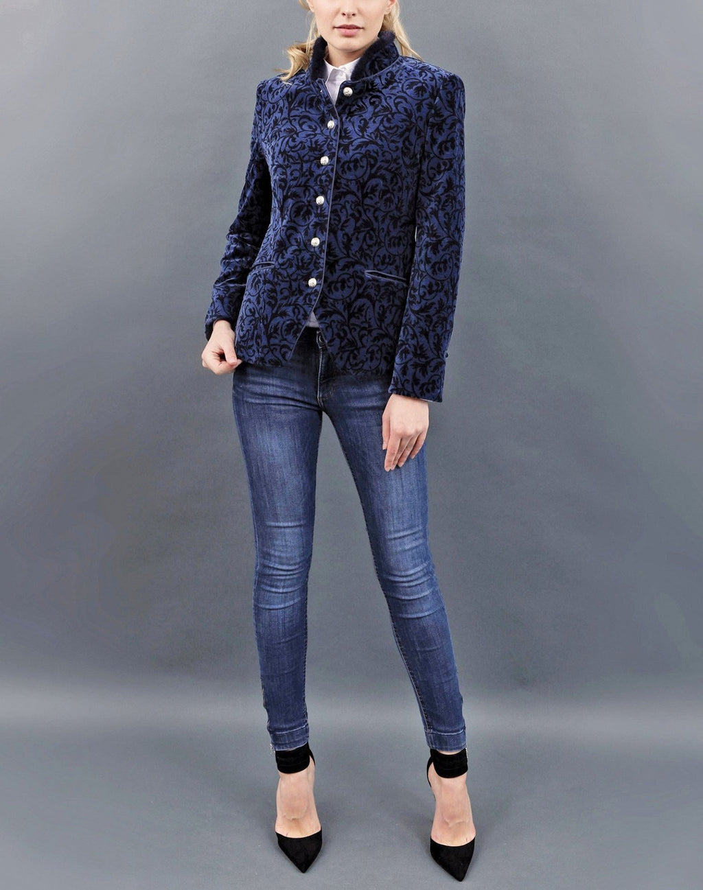 jacket, Jacke, velvet, Samt, short, kurz, midnight blue, navy borders, passament closure, Posamentverschlüsse