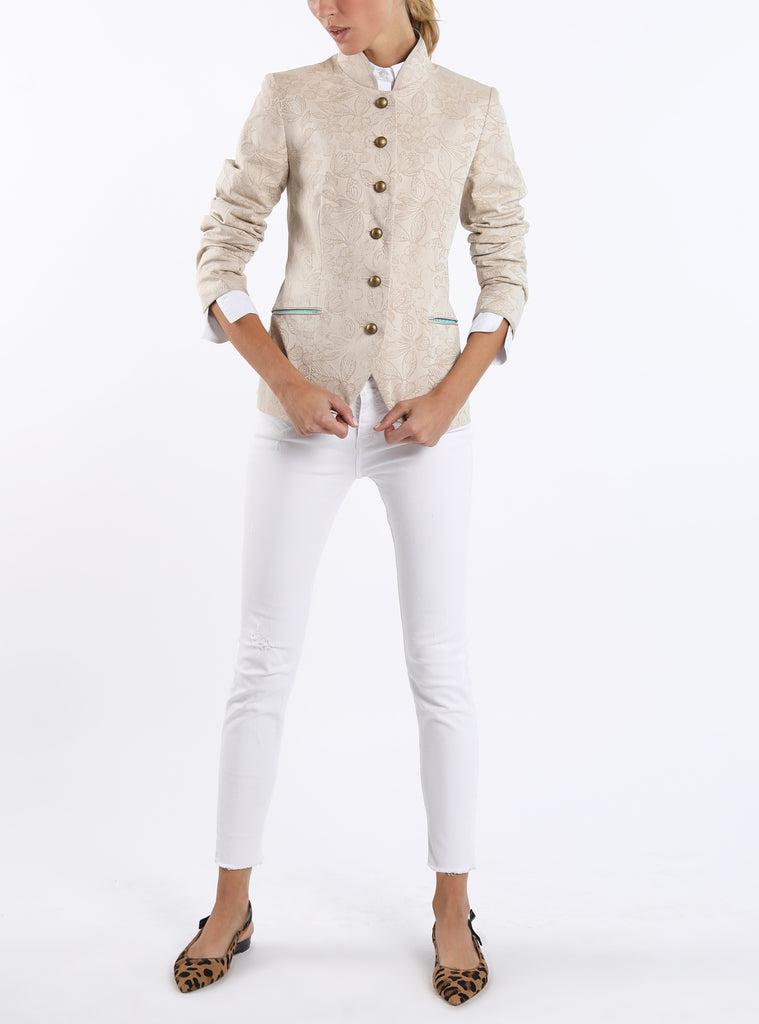 Jacket from stretchable cotton-jacquard woven in cream