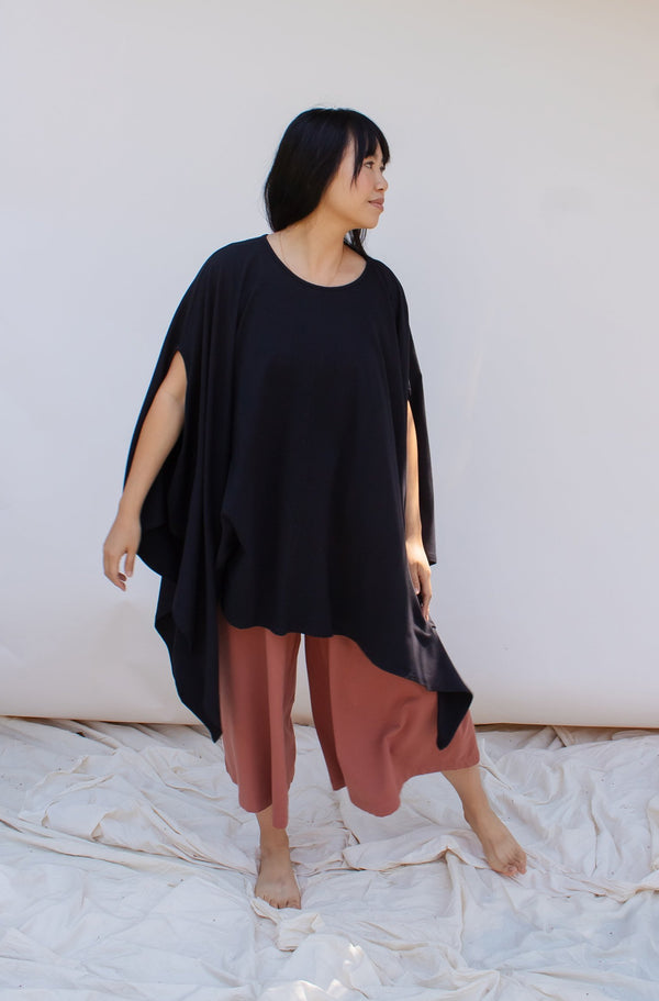 Belle Poncho - True Black