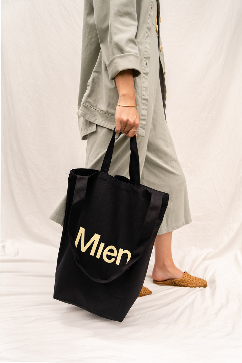 Mien Canvas Tote Bag