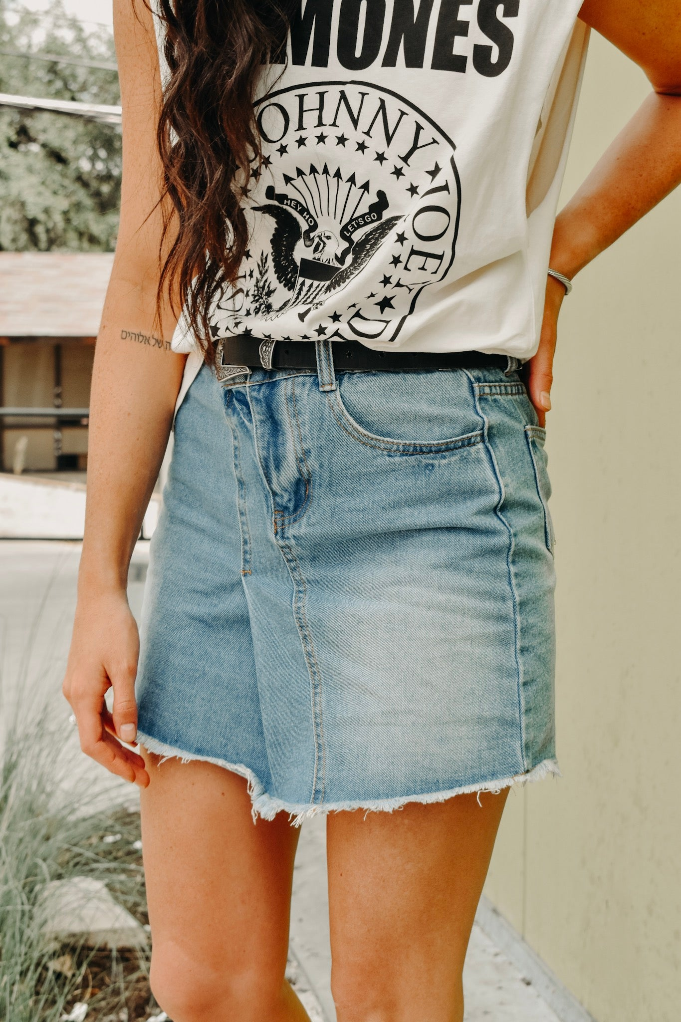 THE WEEKENDER DENIM MINI SKIRT