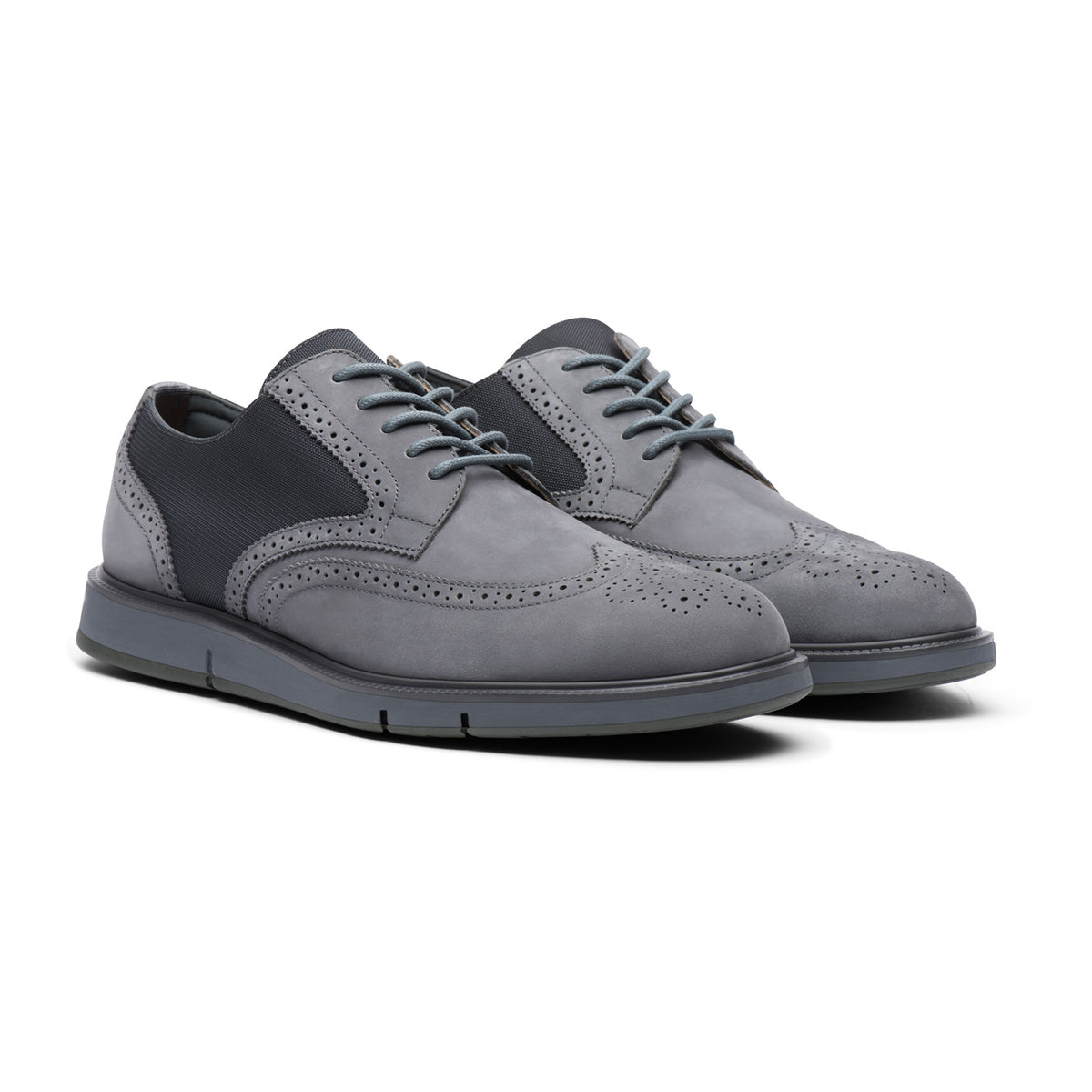 Motion Wing Tip Oxford - background::white,variant::Gray/Olive