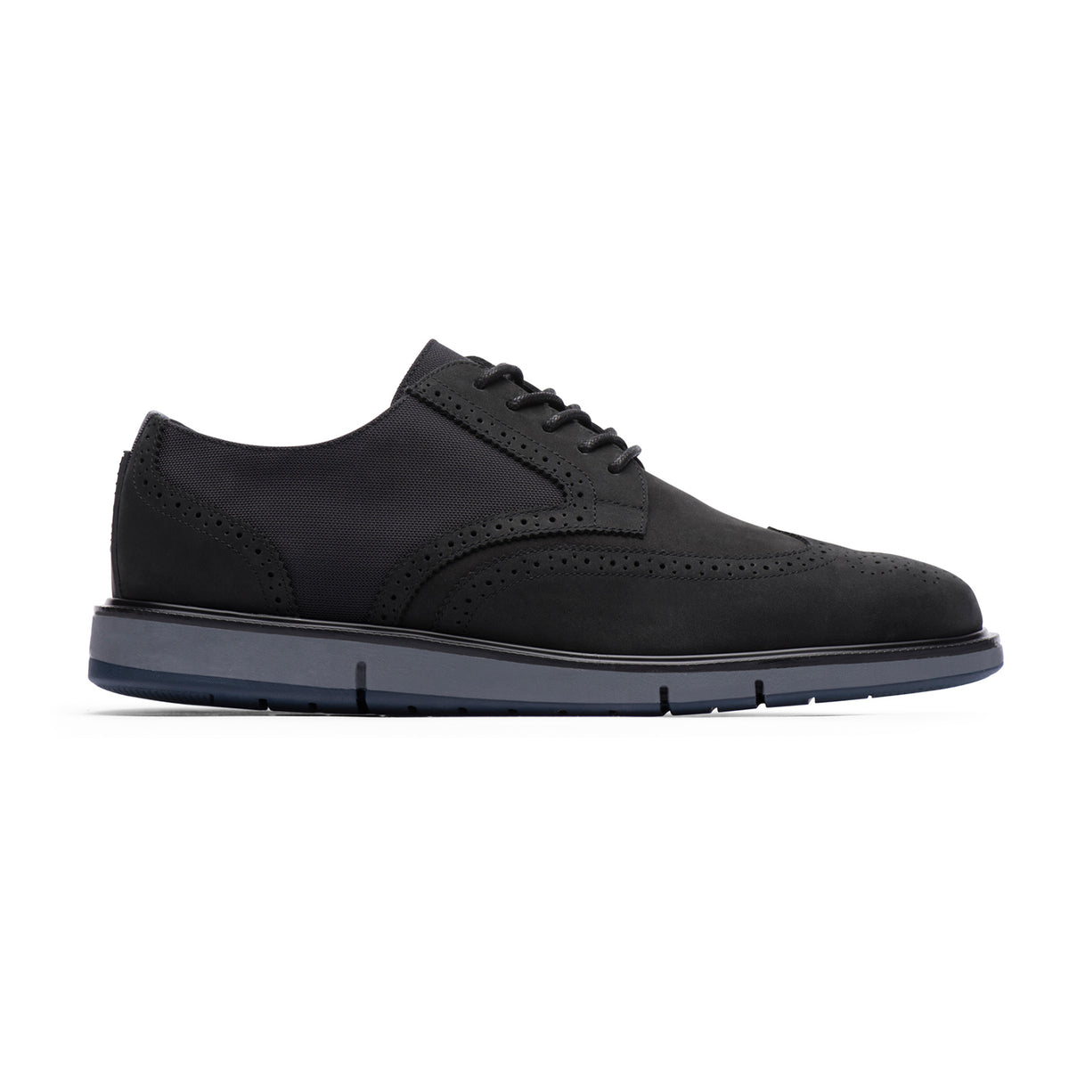 Motion Wing Tip Oxford - background::white,variant::Black/Gray/Navy