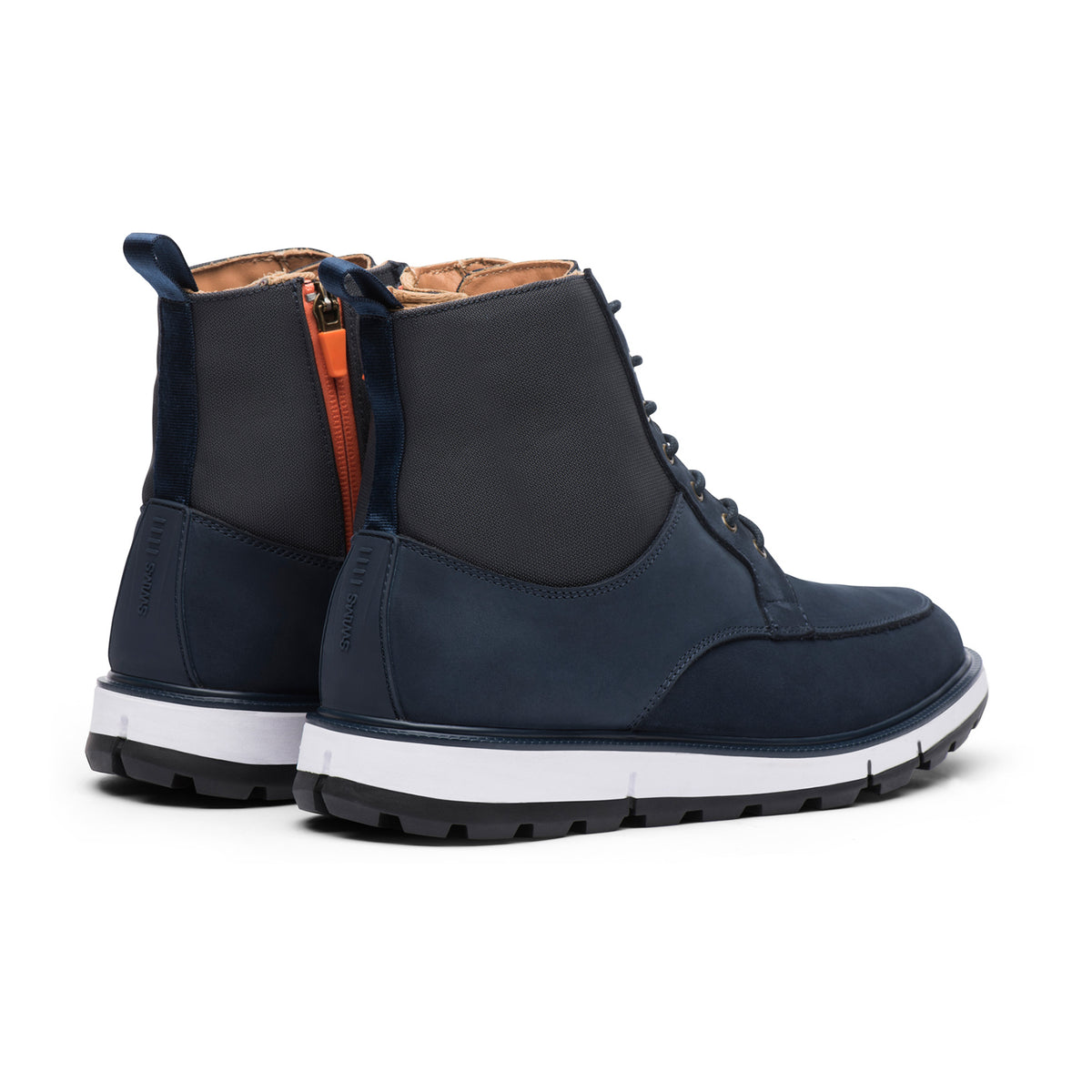 Motion Country Boot - background::white,variant::Navy/Orange
