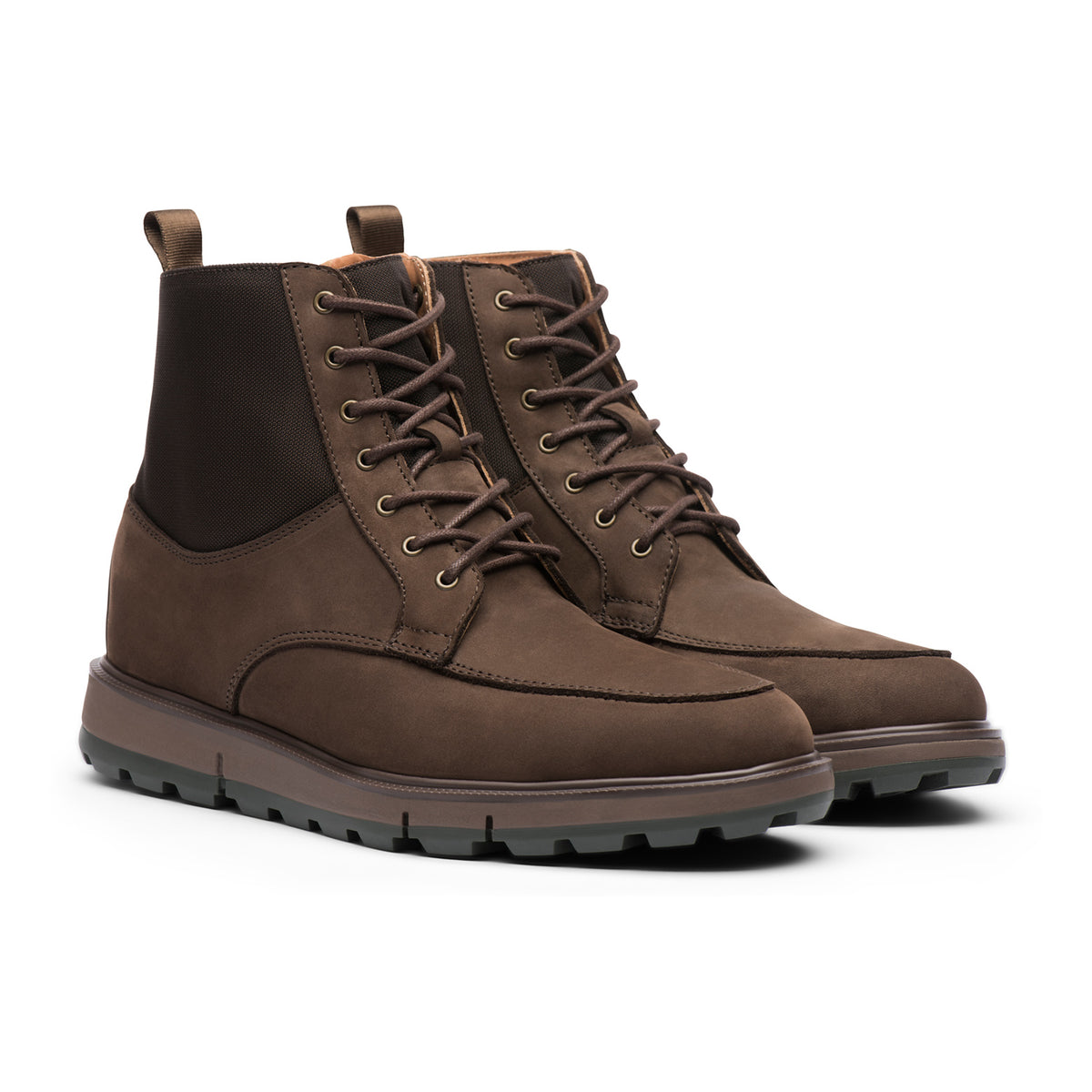 Motion Country Boot - background::white,variant::Brown/Olive