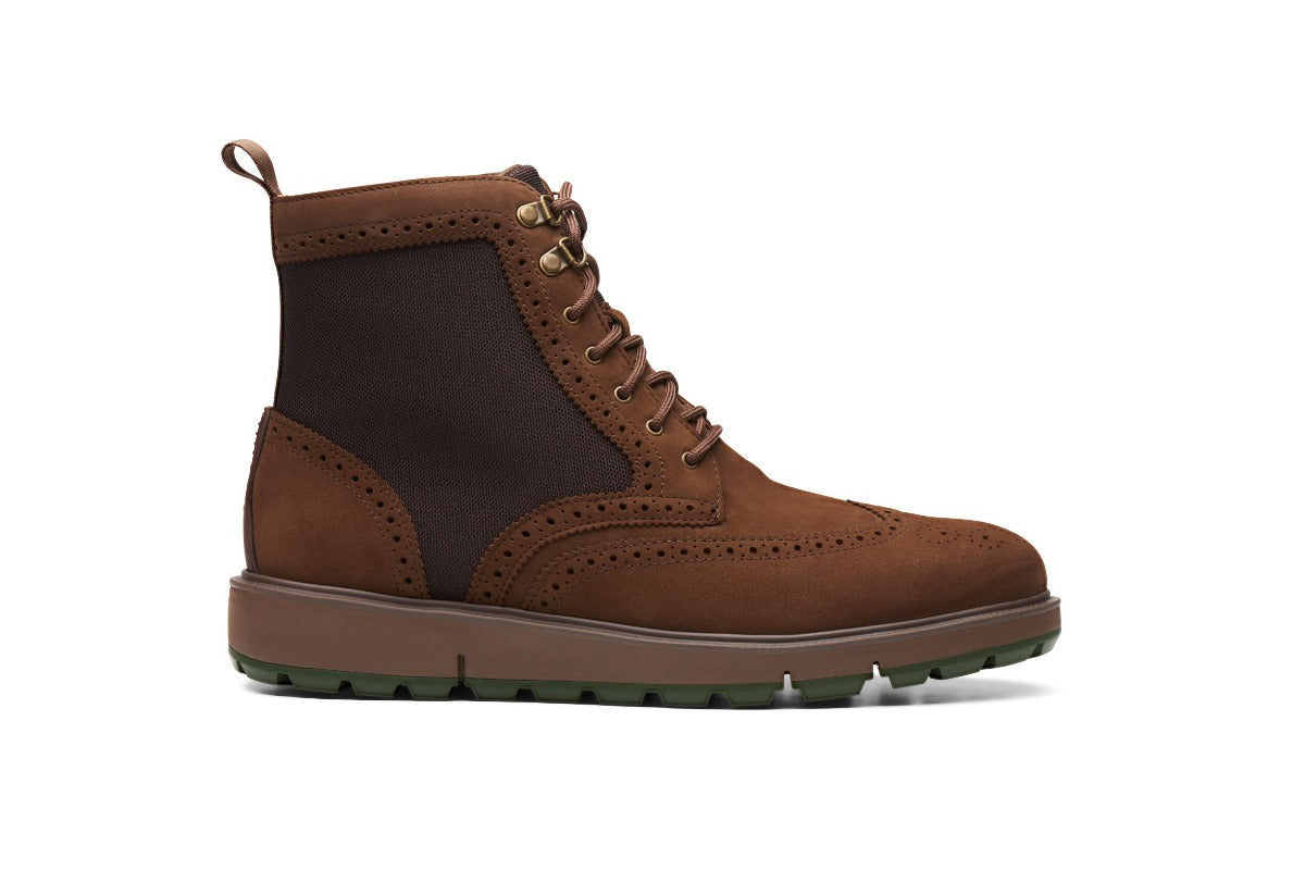 Motion Wing Tip Boot - background::white,variant::Brown/Olive