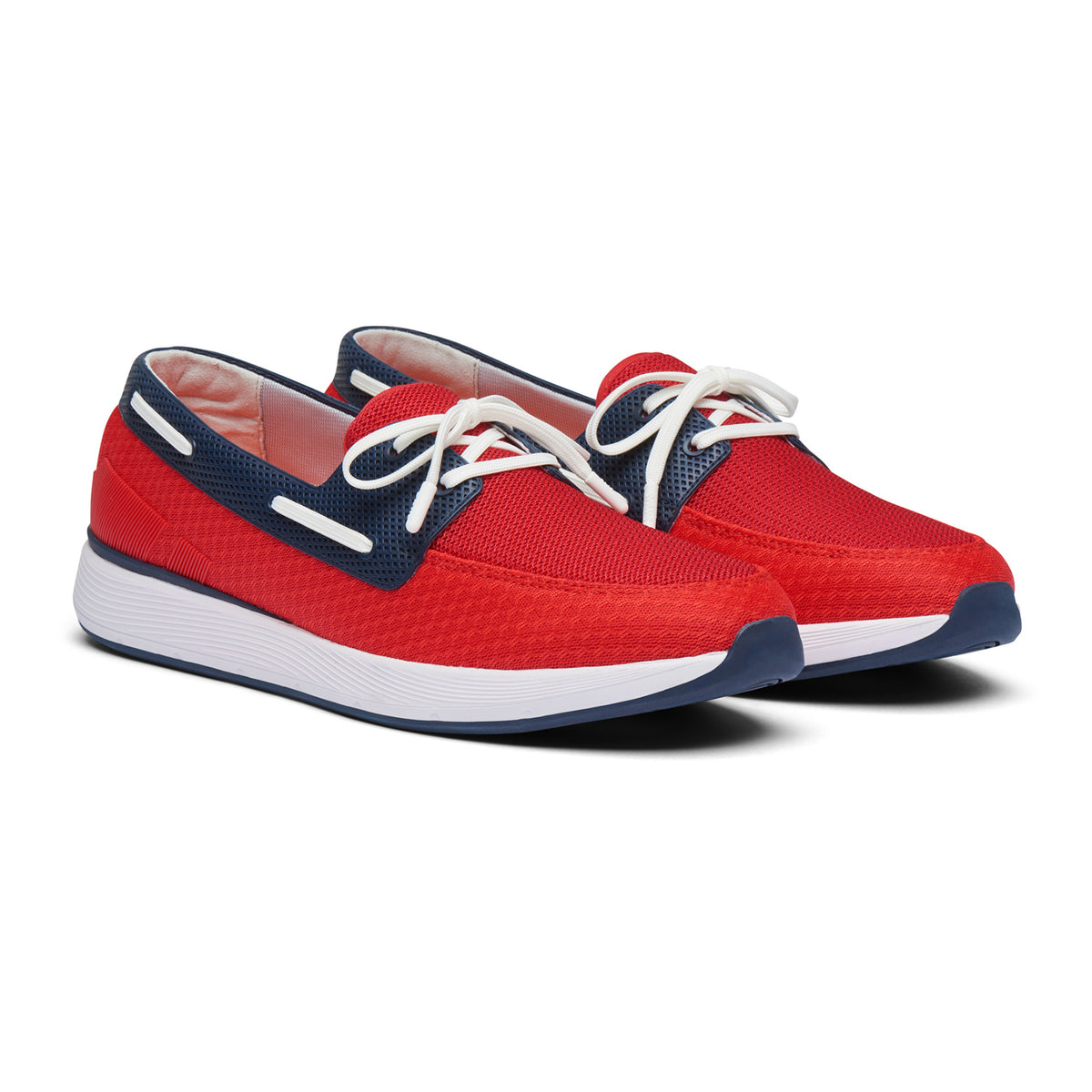 Breeze Wave Boat - background::white,variant::Red Alert/Navy