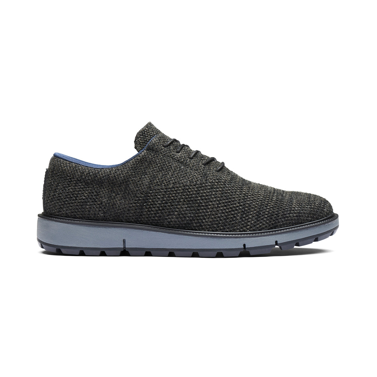 Motion Knit Wool Plain Toe - background::white,variant::black