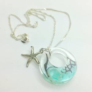 resin seascape seashell pendant necklace