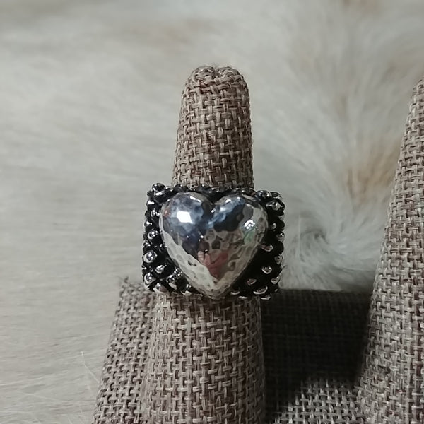 Dian Malouf Hammered Heart Ring