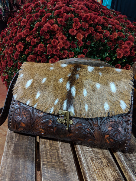 Juan Antonio Axis Crossbody