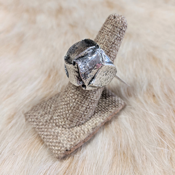 Dian Malouf Hammered Knot Ring
