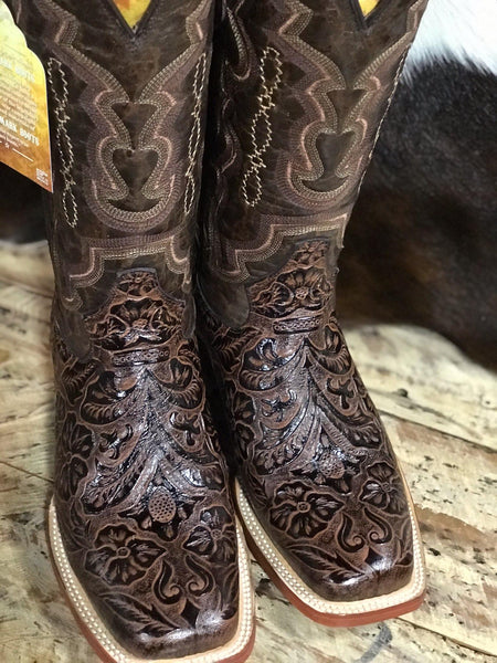 Tanner Mark Women's Brown Tooled Print