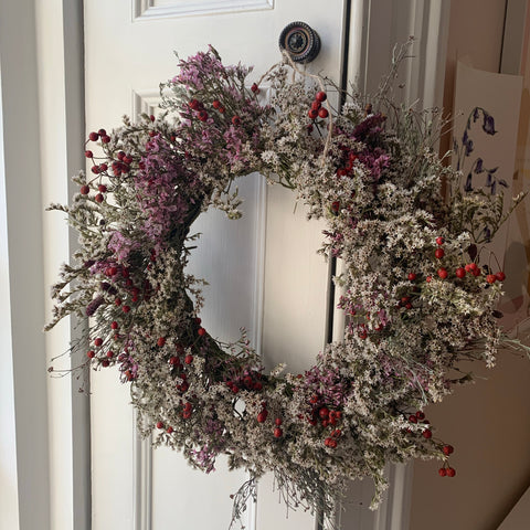 Dried Wreath - white/pink/red