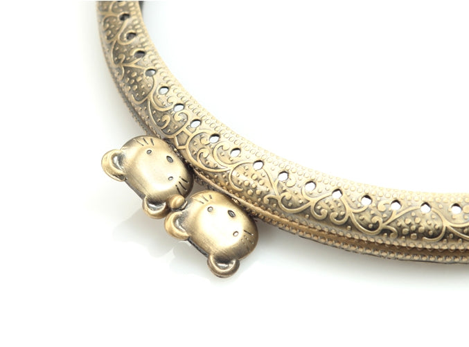 "byhands Round Purse Frame with Lovely Cat Pattern, Kiss Clasp Lock, 12.5 cm/4.9"" (GF-1602)"