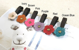 byhands 100% Genuine Leather Flower Zipper Pull