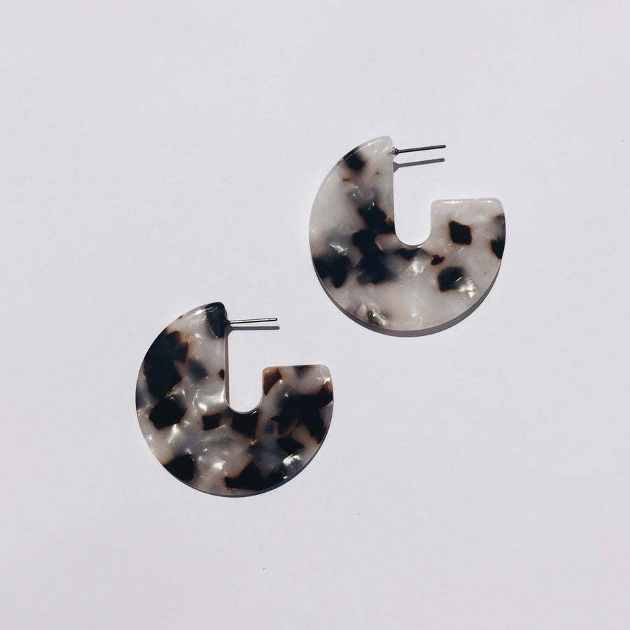 Kat Earrings in Ivory Tortoise