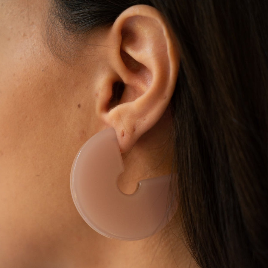 Dara Double-Sided Chunky Hoops in Cake