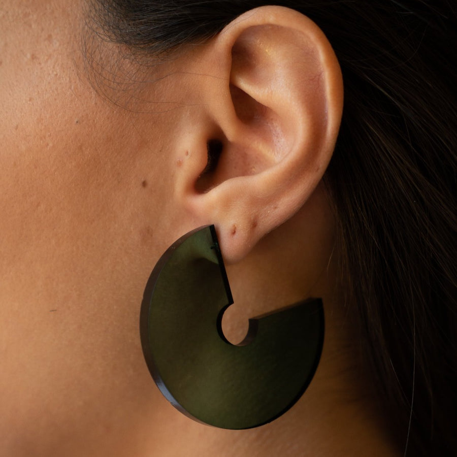 Dara Chunky Hoops in Emerald