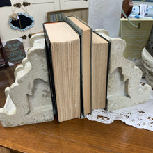 Corbel Bookends Set of 2