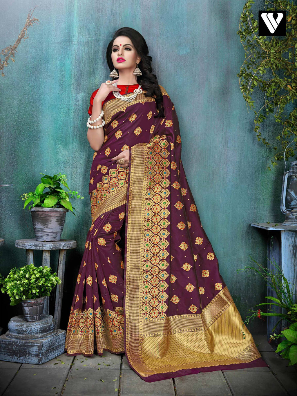 Amazing Party Wear Banarasi Silk Saree In Purple