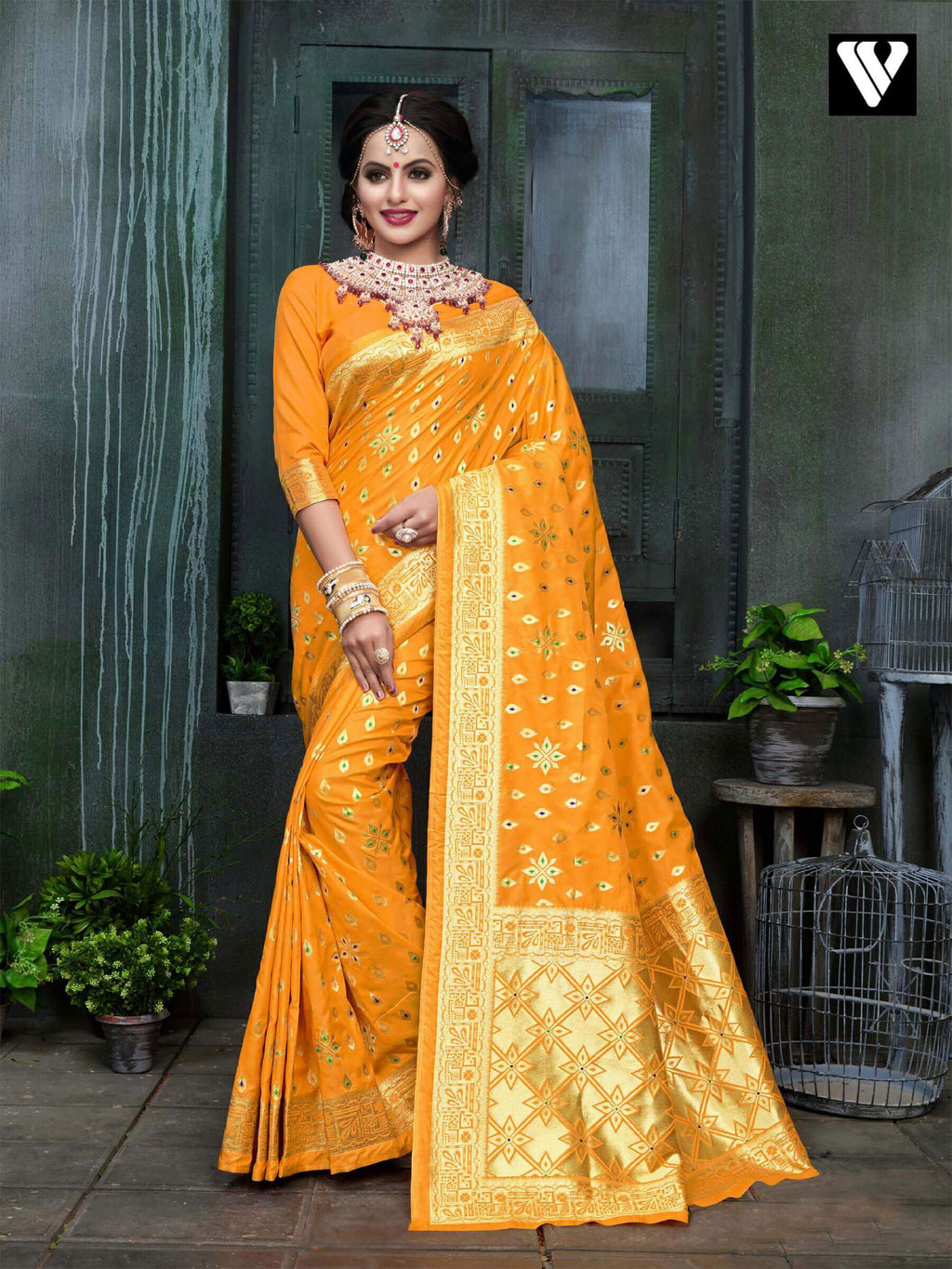 Designer Latest Banarasi Silk Saree In Gold Yellow