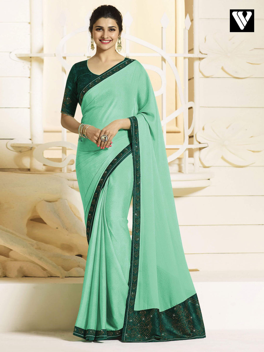 Nice Design Bollywood Georgette Silk Saree In Green
