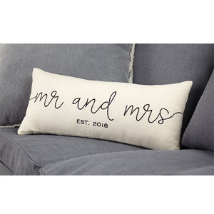 MR AND MRS 2018 PILLOW